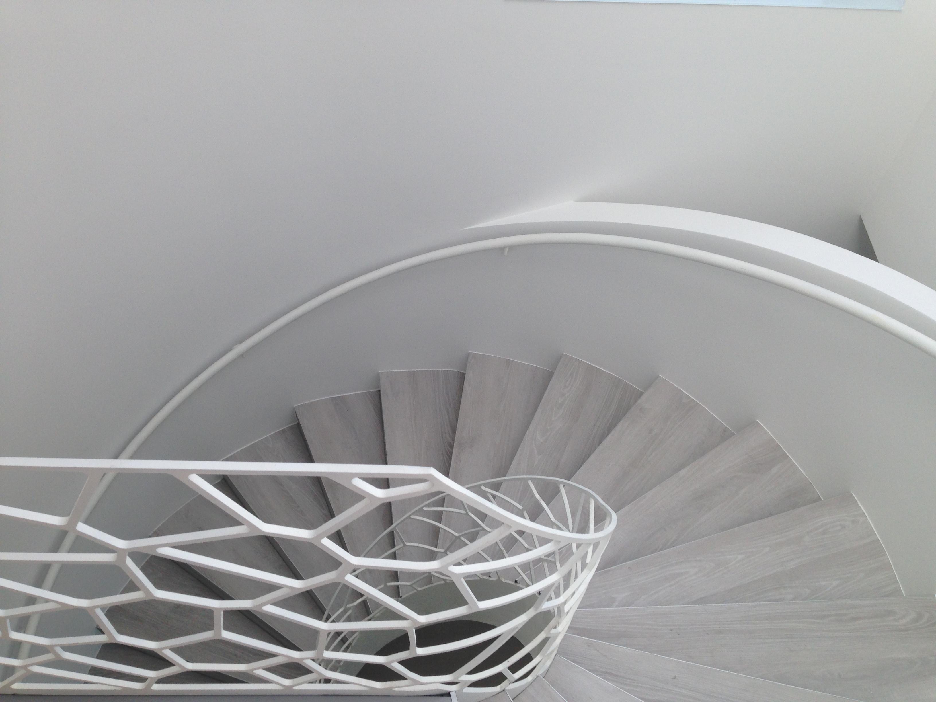 balustrada_circulara_otel_laser_voronoi2