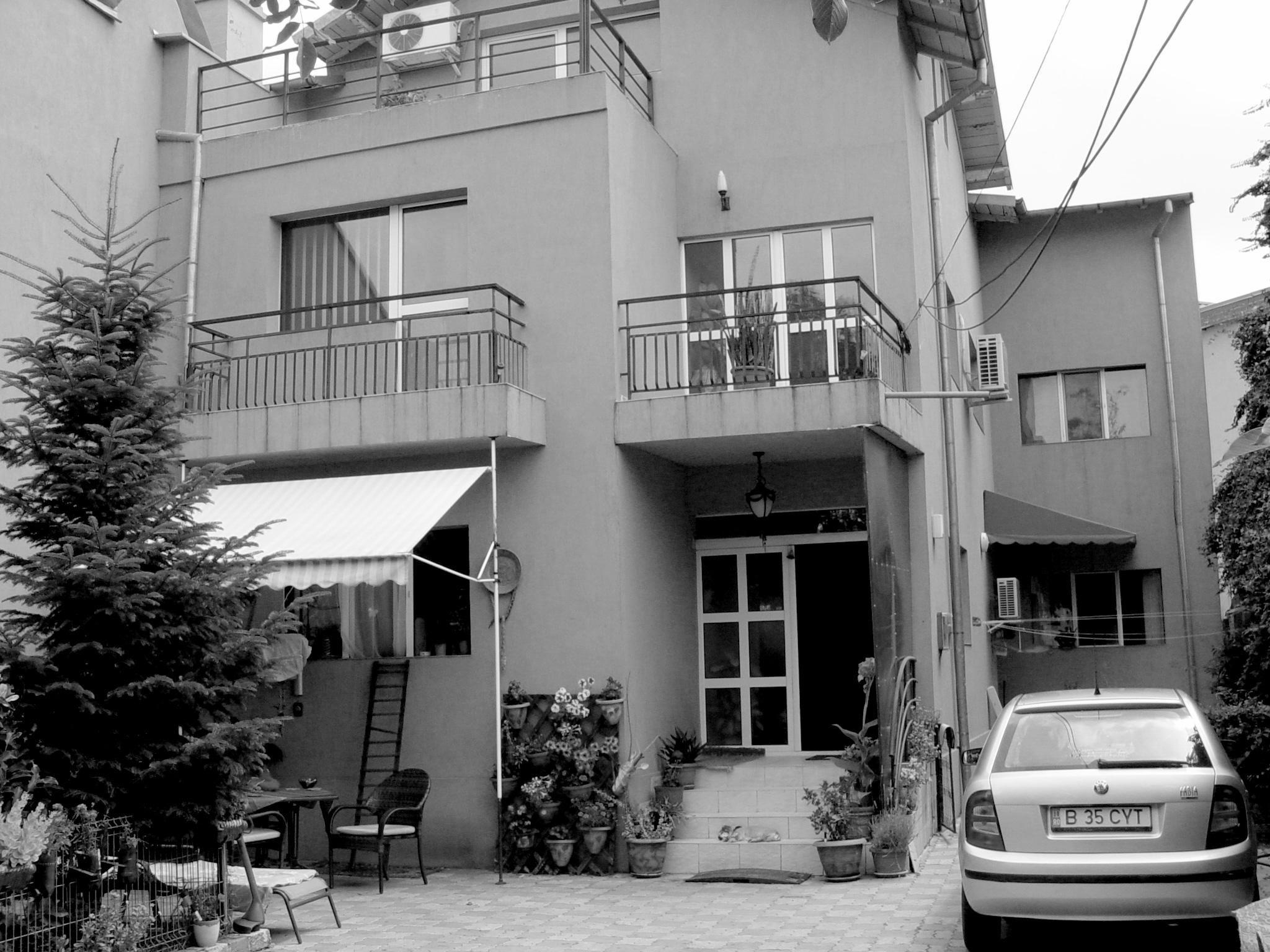 casa existenta 02