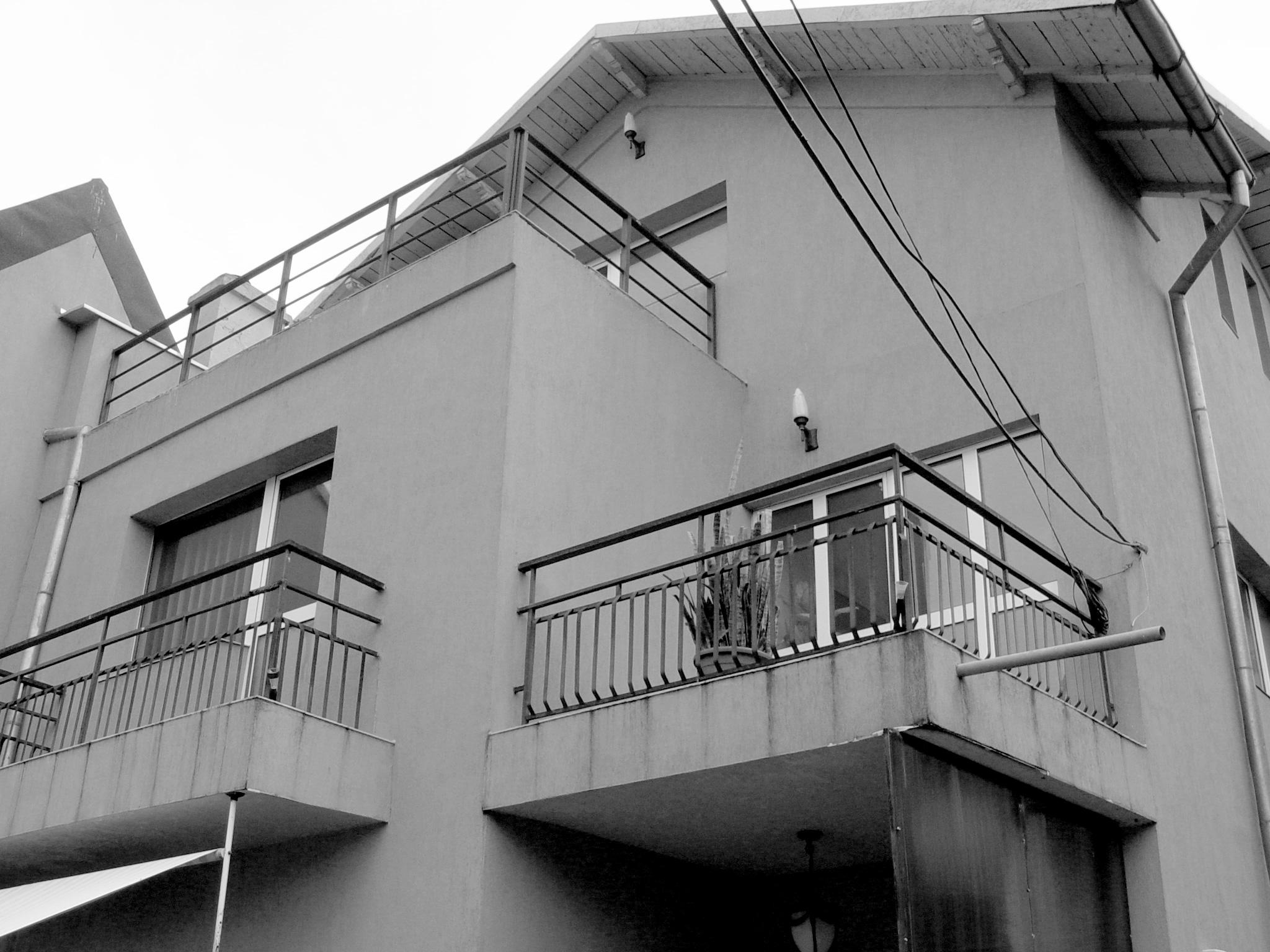casa existenta 04